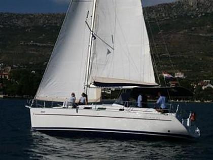 Beneteau Cyclades 39.3 (code:ULT14) - Kastel Gomilica - Charter plavidlá Chorvátsko