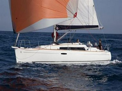 Beneteau Oceanis 31 (code:ULT47) - Kastel Gomilica - Charter plavidlá Chorvátsko