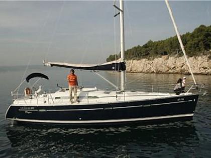 Oceanis 393 (code:NAV28) - Split - Charter boten Kroatië
