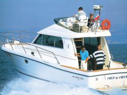 Antares 10.8 (code:NAV30) - Split - Charter boten Kroatië