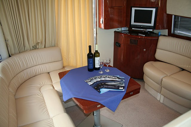 Fairline Phantom 40 (CBM Realtime) - Šibenik - Charter plavidlá Chorvátsko