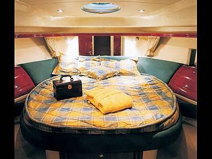 Fairline Phantom 46 (CBM Realtime) - Šibenik - Charter plovila Hrvaška