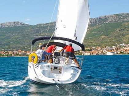 Bavaria 30 Cruiser (CBM Realtime) - Pirovac - Charter plovila Hrvatska