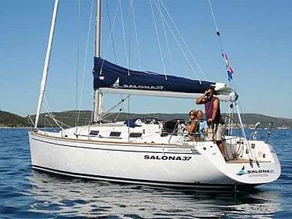 Salona 37 (code:NAA 12) - Kastel Gomilica - Charter Boote Kroatien