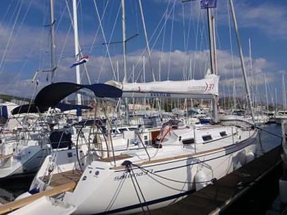 Salona 37 (code:NAA 25) - Sibenik - Charter navi Croazia