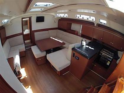 Hanse 445 (CBM Realtime) - Kastel Gomilica - Charter Boote Kroatien
