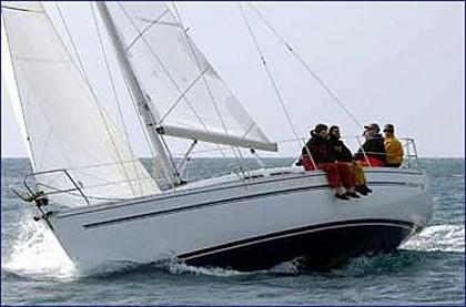 Elan 333 (code:ELA 37) - Pula - Charter ships Croatia