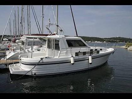 Adria 1002 (CBM Realtime) - Sibenik - Charter hajókHorvátország