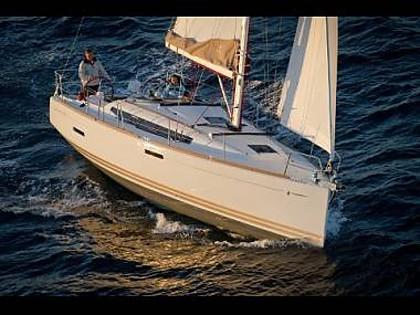 Sun Odyssey 379 (CBM Realtime) - Seget Donji - Charter plavidlá Chorvátsko