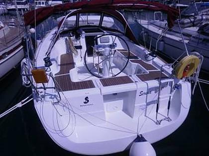 Oceanis 37 (CBM Realtime) - Pula - Charter Boote Kroatien