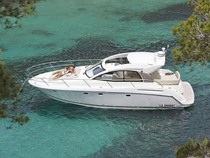 Prestige 38 (CBM Realtime) - Split - Charter navi Croazia