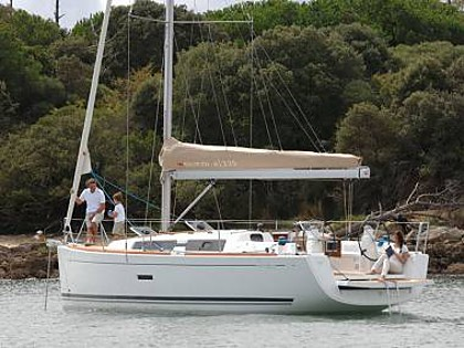 Dufour 335 GL (CBM Realtime) - Rogoznica - Charter navi Croazia