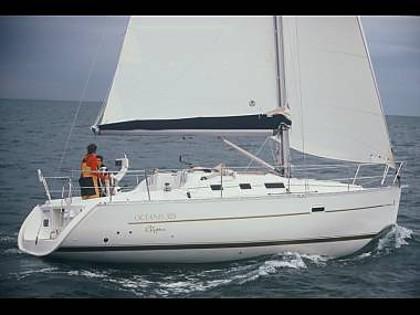 Oceanis 323 (CBM Realtime) - Трогир - Чартер ХорватияХорватия