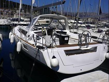 Oceanis 48 (CBM Realtime) - Seget Donji - Charter plavidlá Chorvátsko