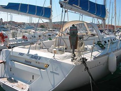 First 47.7-4 (CBM Realtime) - Vodice - Charter embarcation Croatie