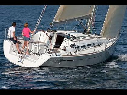 First 35 (CBM Realtime) - Kastel Gomilica - Charter ships Croatia