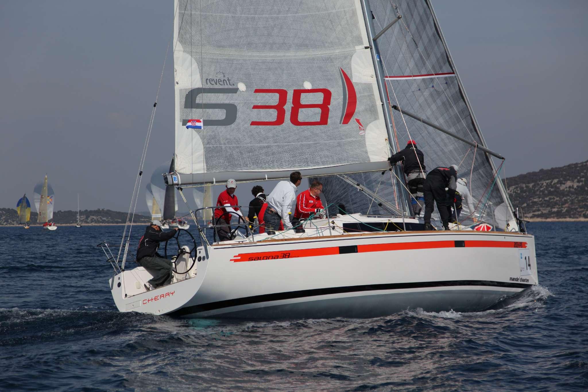 Salona 38 (CBM Realtime) - Primosten - Charter Boote Kroatien