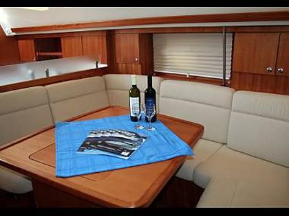 Elan 384 Impression (CBM Realtime) - Sibenik - Charter hajókHorvátország
