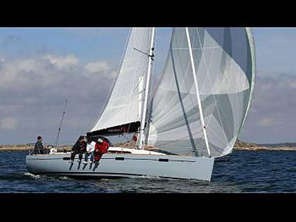 Salona 35 (CBM Realtime) - Trogir - Charter ships Croatia