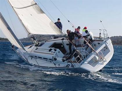 First 35 (CBM Realtime) - Jezera - Czarter statki Chorwacja