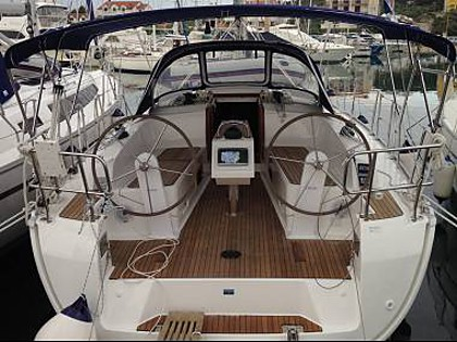 Oceanis 38 (CBM Realtime) - Пула - Чартер ХорватияХорватия