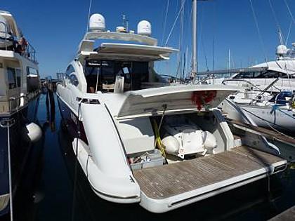 Azimut 68 S (CBM Realtime) - Sibenik - Charter Boote Kroatien