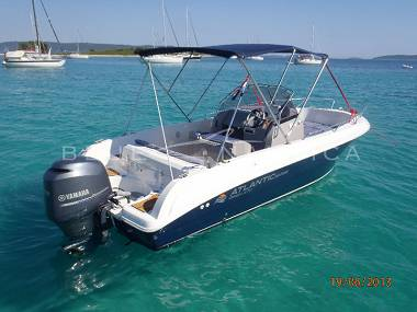 Atlantic Marine 670 (CBM Realtime) - Trogir - Charter embarcation Croatie