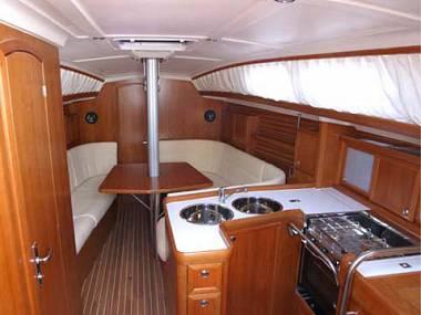 Elan 37 (CBM Realtime) - Kastel Gomilica - Charter Boote Kroatien