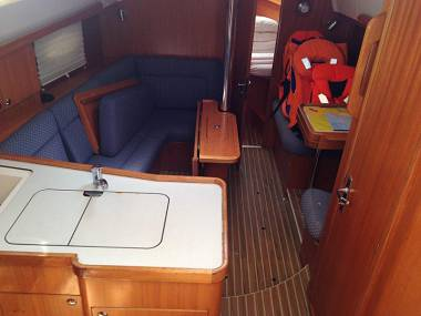 Elan 344 Impression (CBM Realtime) - Kastel Gomilica - Charter navi Croazia