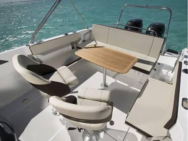 Beneteau Flyer 7.7 SUNdeck (CBM Realtime) - Trogir - Charter Boote Kroatien