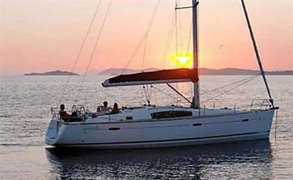 Beneteau Oceanis 43 New (code:PLA 208) - Trogir - Czarter statki Chorwacja