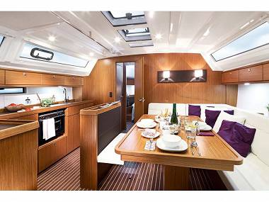 Bavaria Cruiser 46 (CBM Realtime) - Split - Charter plovila Hrvaška