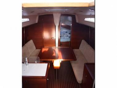 Salona 38 (CBM Realtime) - Trogir - Charter hajókHorvátország