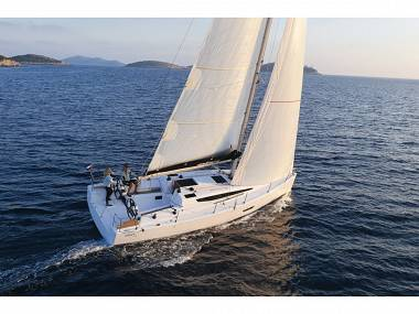 Elan E4 (CBM Realtime) - Trogir - Charter ships Croatia