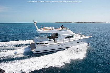 Lagoon Power 44 (code:PLA 627) - Split - Charter hajókHorvátország