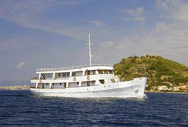 Custom Emanuel (code:PLA 673) - Split - Charter hajókHorvátország