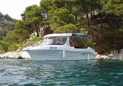 Quicksilver 640 (code:PLA 694) - Split - Charter embarcation Croatie
