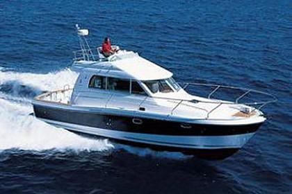 Beneteau Antares 10,80 (code:PLA 707) - Split - Charter hajókHorvátország