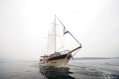 Nostalgija (code:PLA 793) - Split - Charter ships Croatia