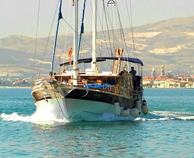 San (code:PLA 802) - Split - Charter Boote Kroatien