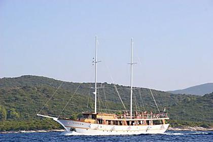 Vjeko (code:PLA 808) - Split - Charter ships Croatia