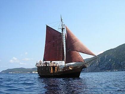 Santa Maria (code:PLA 815) - Split - Charter Boote Kroatien