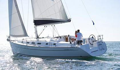 Beneteau Cyclades 43,4 (code:NRE 11) - Kaštel Gomilica - Charter plovila Hrvatska