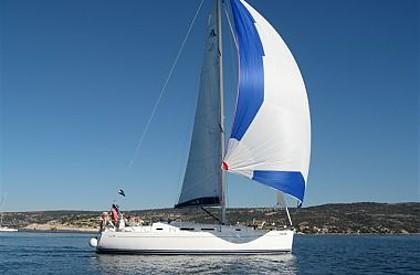 Hanse 370 (code:NRE 16) - Kastel Gomilica - Charter plavidlá Chorvátsko