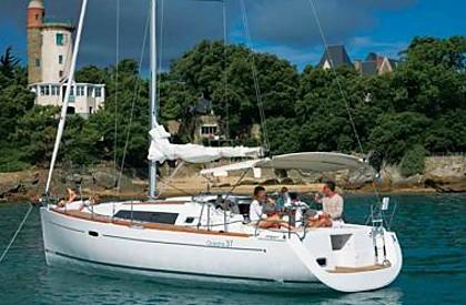 Beneteau Oceanis 37 (code:NRE 30) - Шибеник - Чартер ХорватияХорватия