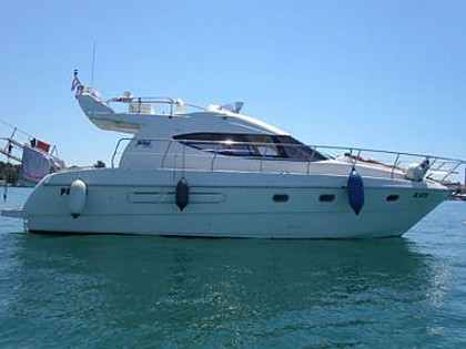 Azimut 36 (code:CRY 71) - Primosten - Charter ships Croatia