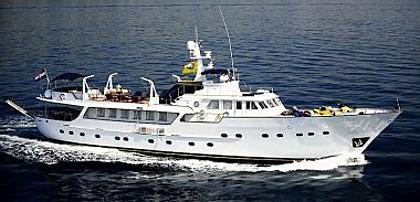 Benetti 34 Luxury (code:CRY 122) - Split - Charter boten Kroatië
