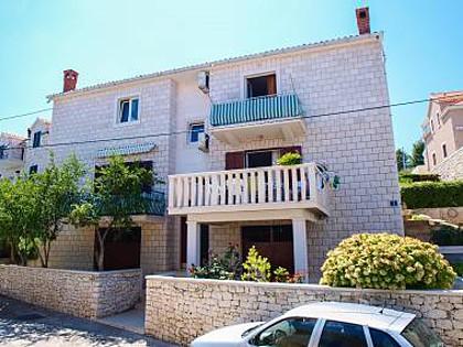 5955 - Postira - Apartments Croatia