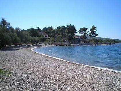 6024 - Mirca - Holiday houses, villas Croatia