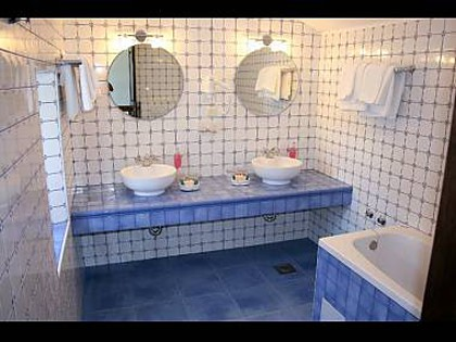 6024 - Mirca - Hiše za počitek, vile Hrvaška - H(6+2): kopalnica s straniščem